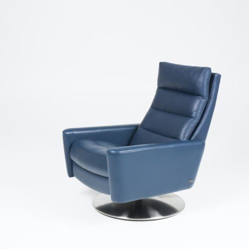 American Leather Cirrus recliners at Mums Place Furniture Carmel CA