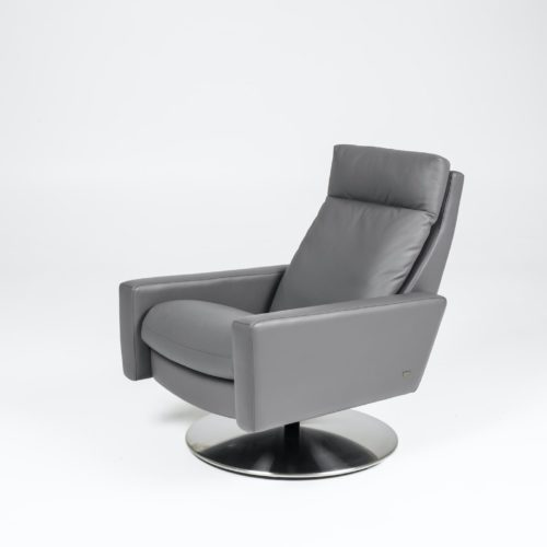 American Leather Cumulus recliner at Mums Place Furniture Monterey CA